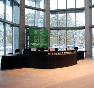 National Gallery of Canada, main entrance desk