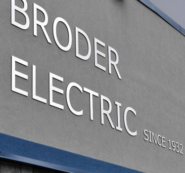 Broder Electric, Ottawa, exterior signage